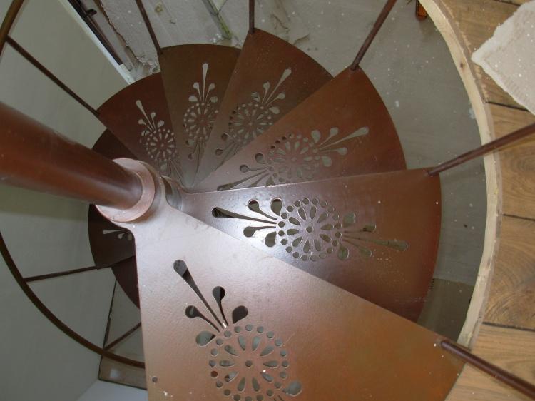Progettazione Scale A Chiocciola : Scale a chiocciola su misura scala chiocciola in legno scale a