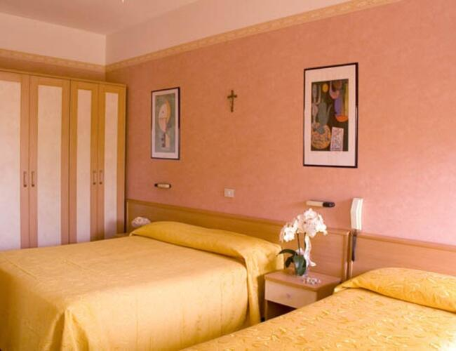 Hotel Nella Bellariva tre stelle Hotel Bellariva | Promozione ...