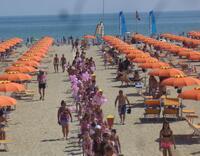 Baby Club Rimini Beach 76-78 Sfilata Notte Rosa