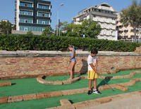 Baby Club Rimini Beach 76-78 Mini Golf