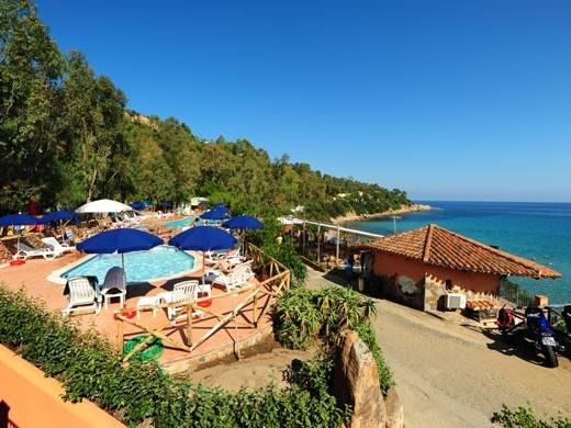 Camping Villaggio Telis