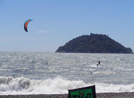 Offerta Settembre-Ottobre in campeggio in Liguria sul mare