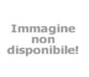Cabine de douche avec de lumières de chromothérapie