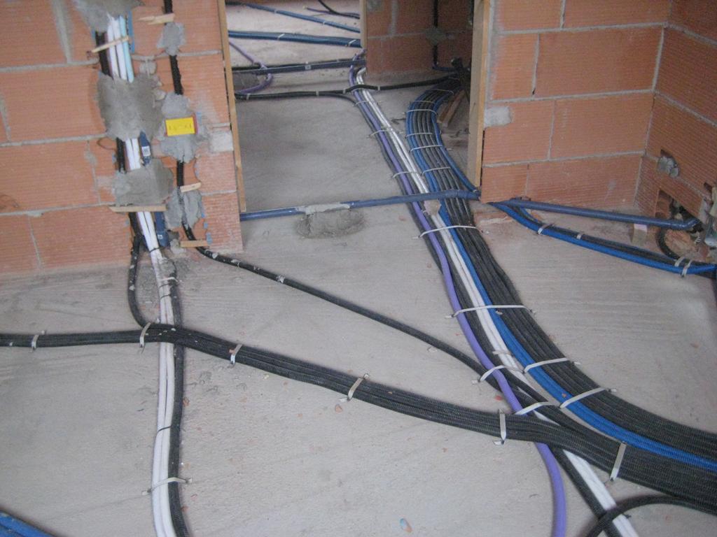 Bandella in rotolo vorpa - Colori dei fili impianto elettrico casa ...
