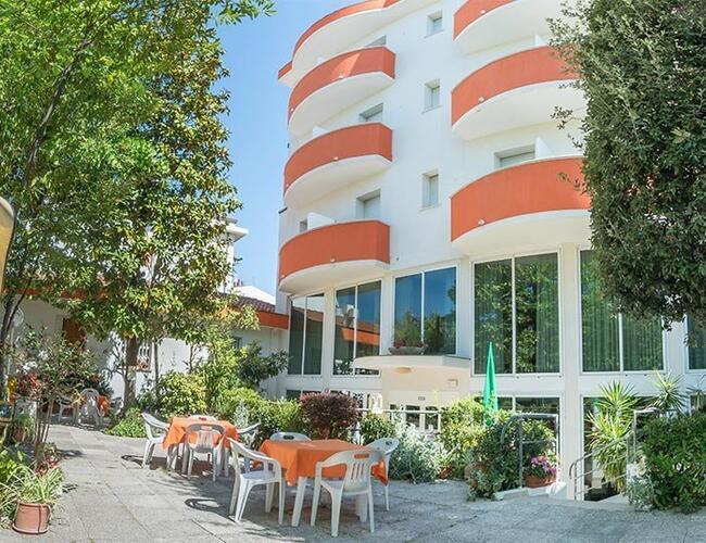 Hotel Ca\' D\'Oro Rimini - Marina Centro due stelle Hotel Rimini ...