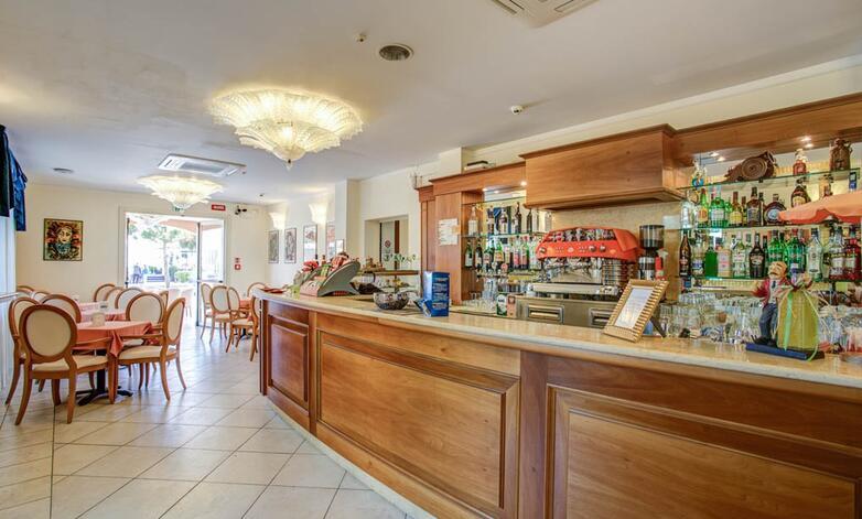 Hotel de la ville cesenatico: albergo 3 stelle in riviera romagnola