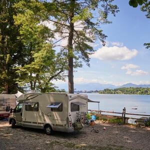Camping Lago di Monate