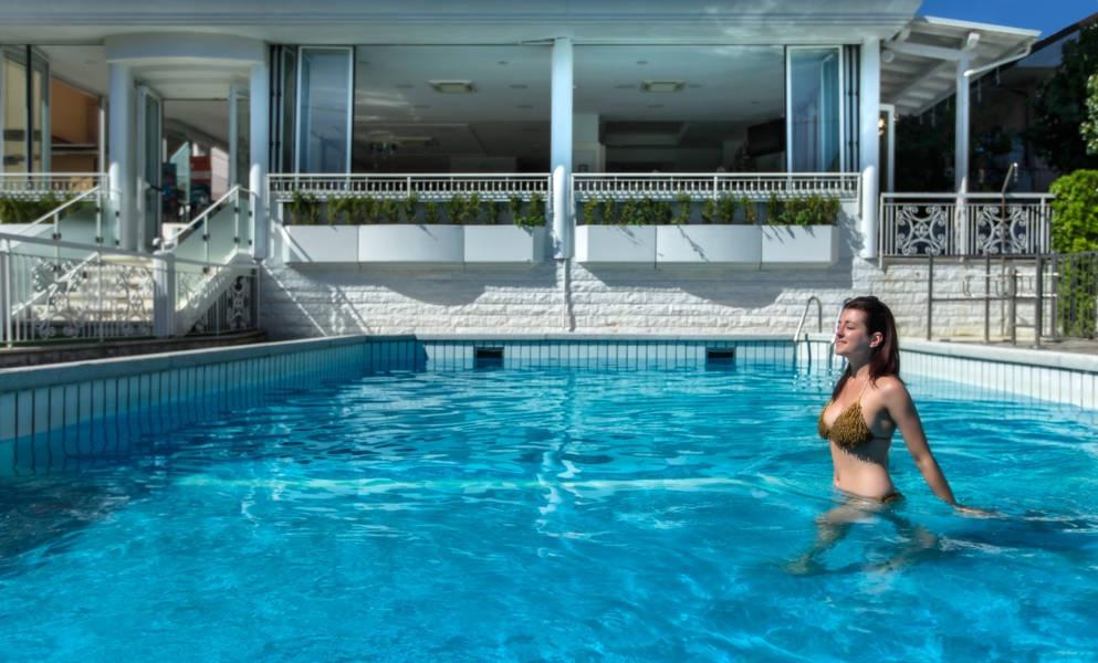 Hotel clitunno misano adriatico 3 stelle prezzi offerte - Hotel misano adriatico con piscina ...