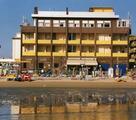 VEDUTA DELL'HOTEL DAL MARE
