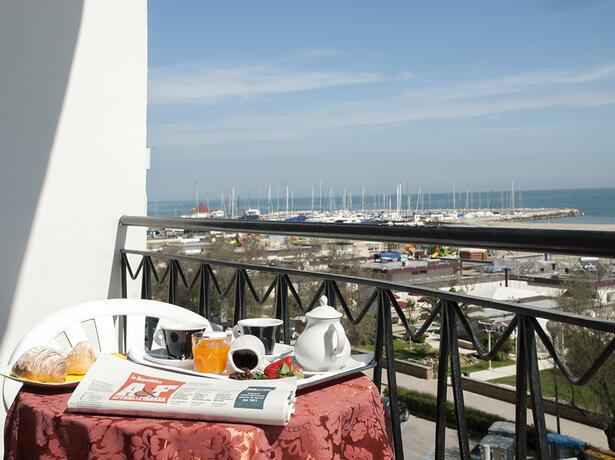lungomarehotel it offerta-primavera-a-cervia-in-hotel-sul-mare 016