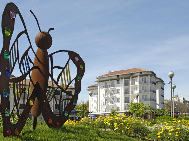 lungomarehotel en offer-for-a-short-stay-in-cervia-with-beach-included 017