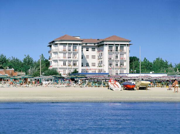 lungomarehotel it offerta-primavera-a-cervia-in-hotel-sul-mare 015