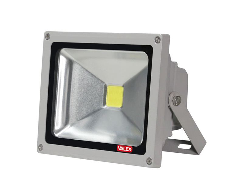 Faretto proiettore led 10w luce calda 1153096 valex for Proiettori a led
