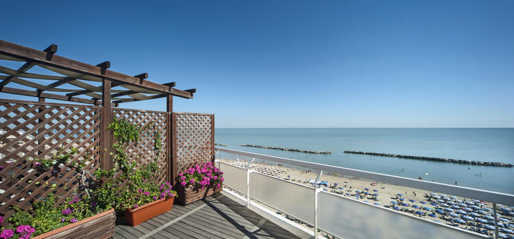 hotelermitage en offer-for-august-family-holidays-in-hotel-in-bellaria-with-pool-and-restaurant 016