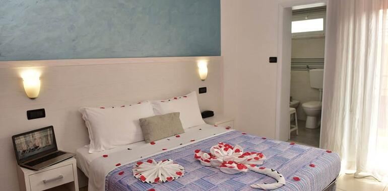 hotelmargherita it offerta-meta-maggio-a-rimini-hotel-3-stelle 021