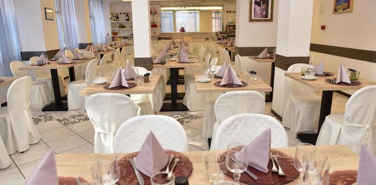 hotelmargherita it vacanze-di-fine-giugno-per-famiglie-hotel-miramare-rimini 021