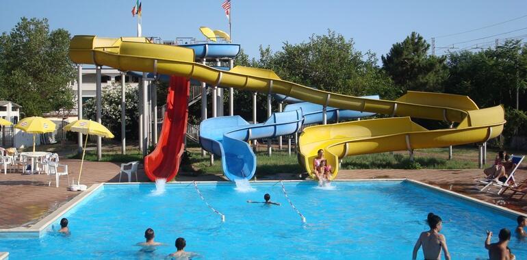 hotelmargherita it offerta-fine-agosto-e-inizio-settembre-in-hotel-3-stelle-vicino-al-mare-a-rimini 021