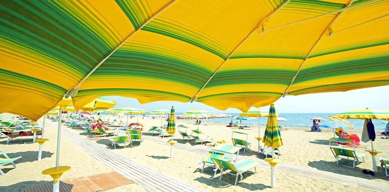 hotelmargherita it offerta-luglio-e-agosto-in-hotel-3-stelle-a-rimini-a-pochi-passi-dal-mare 024