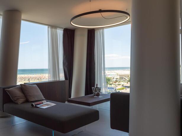 hotelcommodore it vacanze-a-cervia-prenota-prima-prezzi-speciali 015