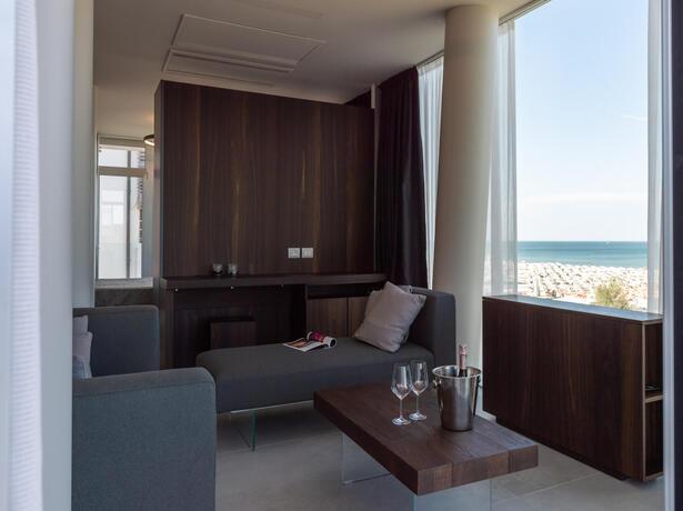 hotelcommodore de angebot-aufenthalt-terme-di-cervia-im-hotel-am-meer 015