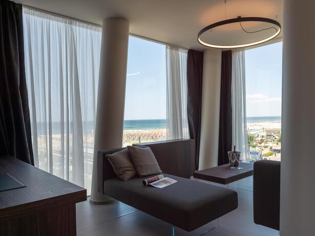 hotelcommodore de juli-in-cervia-im-hotel-am-meer 018