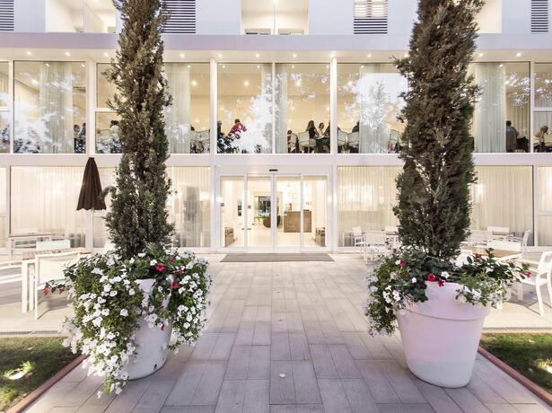 hotelmokambo it occasioni-last-minute-hotel-cesenatico-per-famiglie 011