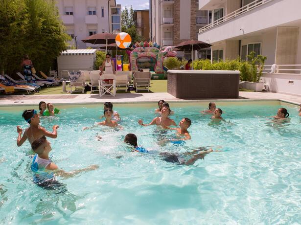 hotelmokambo de angebot-september-all-inclusive-im-family-village-mit-pool-in-cesenatico 010
