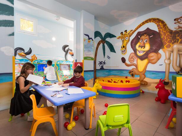 hotelmokambo it hotel-cesenatico-con-servizi-per-genitori-single-e-bambini 013
