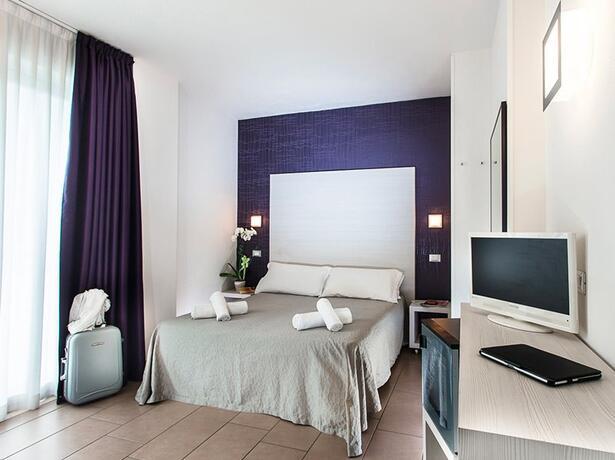 hotelmokambo de angebot-juni-familienhotel-in-cesenatico-gratis-kinderaufenthalt 011
