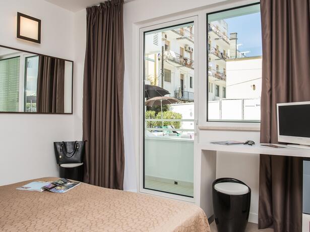 hotelmokambo de angebot-juni-familienhotel-in-cesenatico-gratis-kinderaufenthalt 012