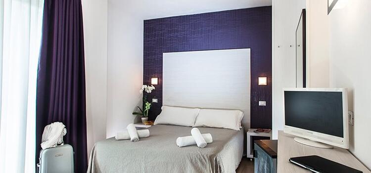hotelmokambo it offerta-giugno-design-hotel-cesenatico-con-piscina 003