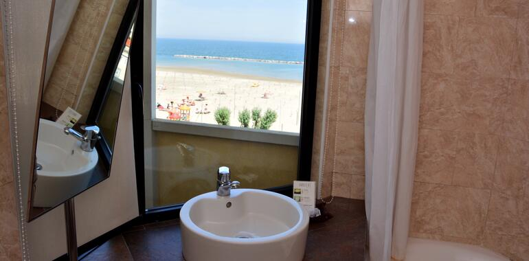 panoramic de angebot-all-inclusive-im-august-in-rimini-im-3-sterne-hotel-mit-meerblick 007
