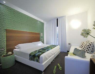 qhotel en new-offer-new-year-s-eve-rimini-in-hotel-with-spa-marina-centro-near-piazzale-fellini 033