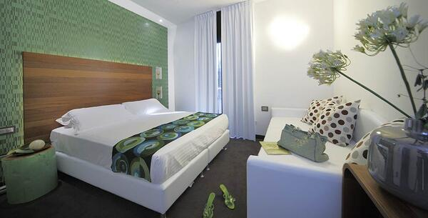 qhotel en new-offer-new-year-s-eve-rimini-in-hotel-with-spa-marina-centro-near-piazzale-fellini 028