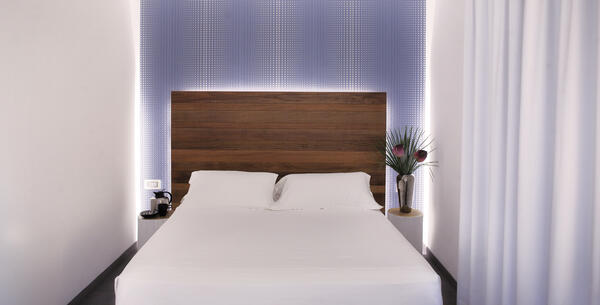 qhotel en hotel-rimini-with-day-use-room-with-spa 028
