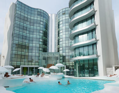 i-suite it pasqua-a-rimini-con-escursioni-e-trattamenti-benessere-in-hotel-5-stelle-sul-mare 014