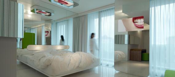 ambienthotels en contacts 010