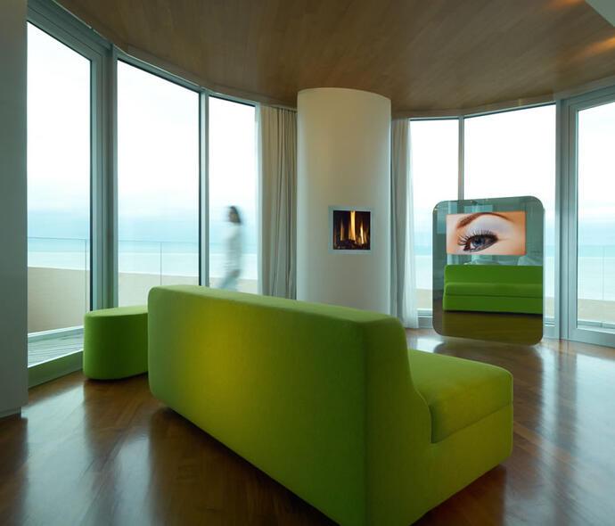i-suite it pasqua-a-rimini-musei-e-degustazioni-soggiorno-in-hotel-sul-mare 008
