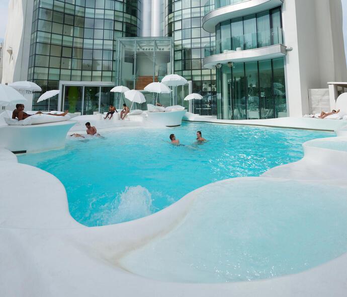 i-suite it pasqua-a-rimini-con-escursioni-e-trattamenti-benessere-in-hotel-5-stelle-sul-mare 009