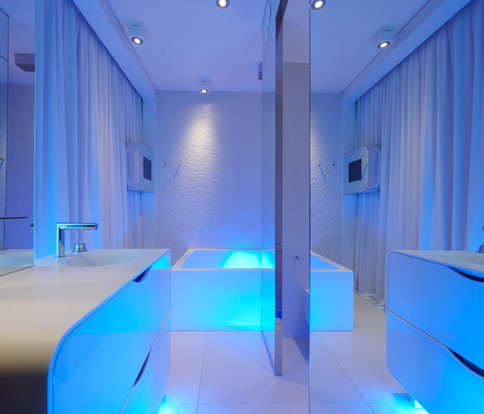 i-suite it settembre-a-rimini-in-hotel-5-stelle-sul-mare-con-spa-piscina-escursioni 007