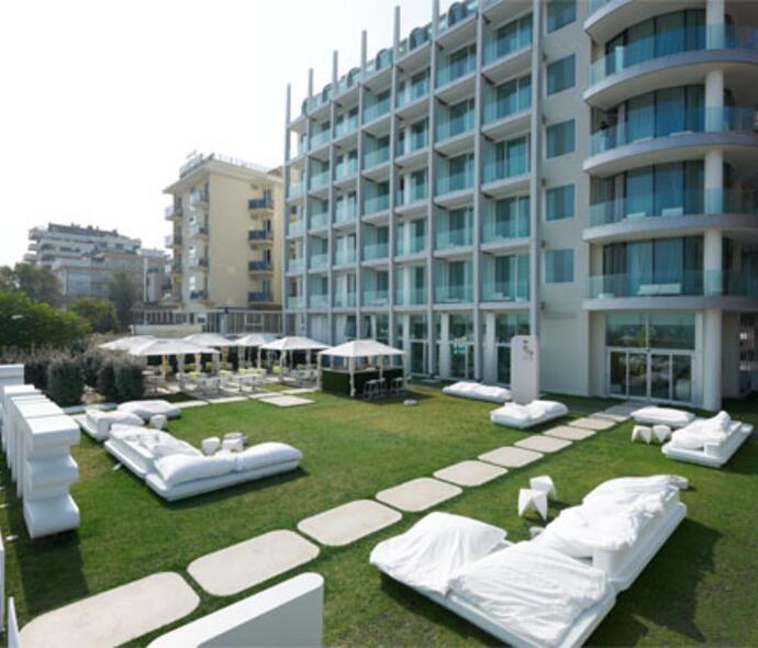 i-suite it fiera-ecomondo-rimini-hotel-rimini-con-centro-benessere 007