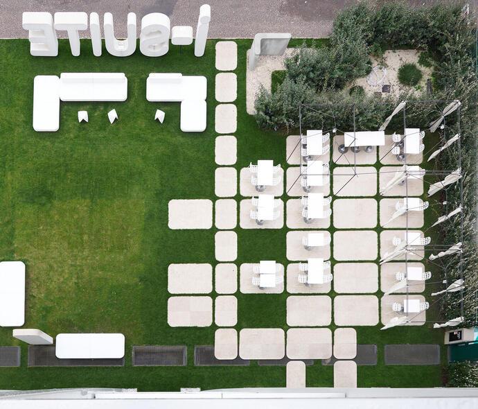 i-suite it offerta-ponte-2-giugno-rimini-design-hotel-5-stelle-con-piscina-esterna 008