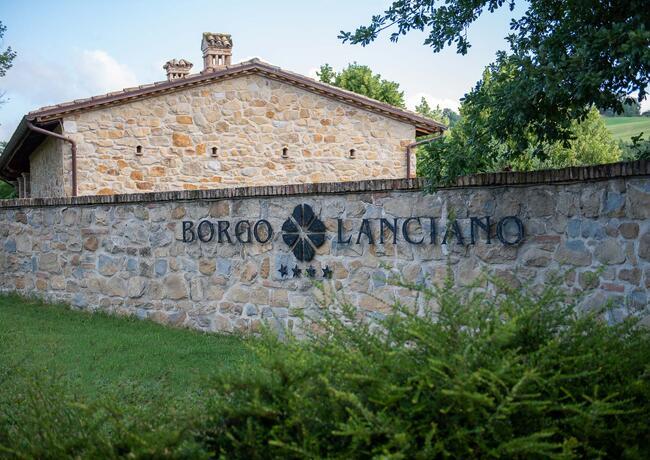 borgolanciano fr forfaits-resort-marches-avec-centre-bien-etre-et-restaurant-gourmet 012