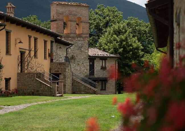 borgolanciano it pacchetto-relax-resort-nelle-marche-con-cena-inclusa-e-escursioni 008