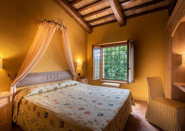 borgolanciano it pacchetto-relax-resort-nelle-marche-con-cena-inclusa-e-escursioni 012