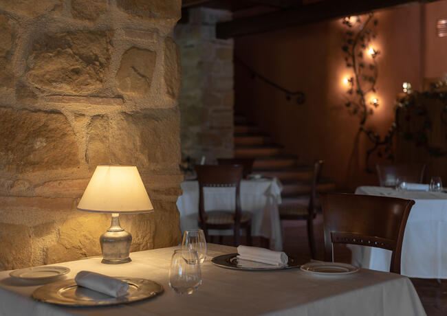 borgolanciano en resort-in-the-marche-with-guided-winery-tour-and-wine-tasting 008