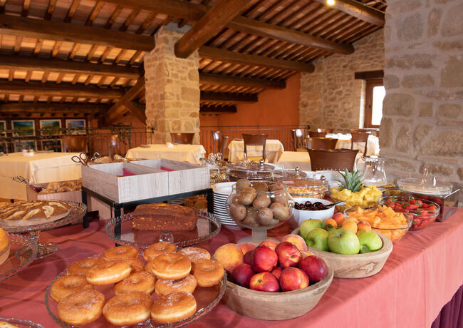 borgolanciano en offer-for-couples-hotel-marche-with-spa-dinner-and-massage 011