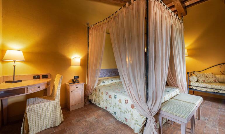 borgolanciano fr offre-septembre-resort-avec-spa-avec-diner-gourmet-et-vin-offert 003