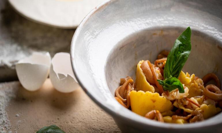 borgolanciano fr offre-septembre-resort-avec-spa-avec-diner-gourmet-et-vin-offert 005