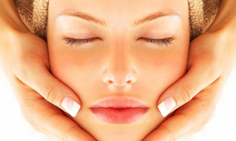 borgolanciano it pacchetto-day-spa-con-trattamento-viso-centro-benessere-marche 002